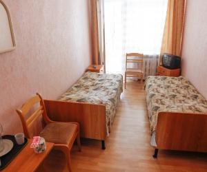 2-местный 1-комнатный смежный номер «Эконом»